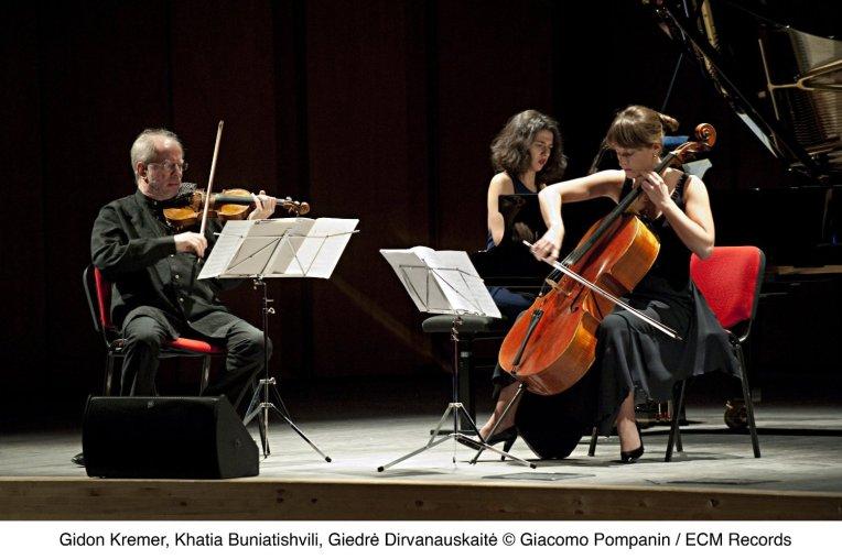 Kremer Trio
